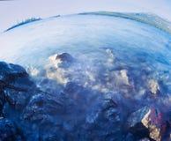 塔吉什湖水风景育空地区加拿大 库存图片