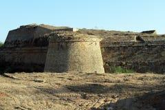 塔和墙壁 免版税库存照片