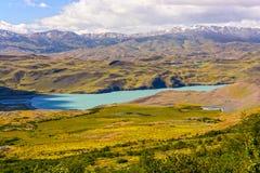 巴塔哥尼亚人的高地的高山湖 库存图片