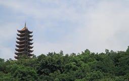 塔在中国城市重庆公园  免版税库存照片