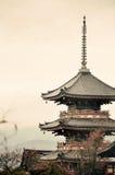 塔在京都 免版税库存照片