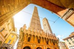 塔在波隆纳城市 库存照片