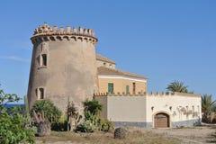 塔在15世纪修造的Horadada,服务保护城市免受地中海的海盗 免版税库存图片