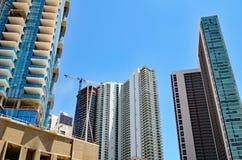 塔大厦以各种各样的建筑阶段 免版税库存照片