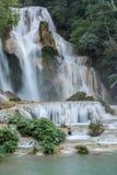 塔德匡Si瀑布自然公园 老挝 聚会所 免版税库存照片