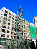 塔拉贡纳,西班牙- 2007年5月08日:从加泰罗尼亚的艺术家Francesc Anglis的Castellers纪念碑我加西亚在城市 库存照片