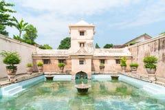 塔曼莎丽服日惹水宫殿在Java海岛上的 免版税库存照片