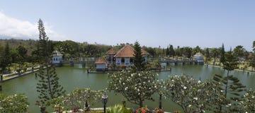 塔曼Soekasada Ujung水宫殿,全景视图 免版税库存图片