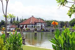 塔曼Ujung水宫殿在巴厘岛 图库摄影