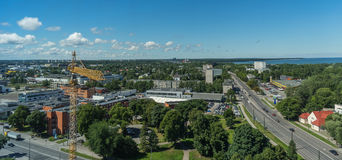 塔林,爱沙尼亚21 07 2017城市T的风景夏天全景 图库摄影