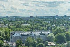 塔林,爱沙尼亚21 07 2017城市T的风景夏天全景 免版税库存图片