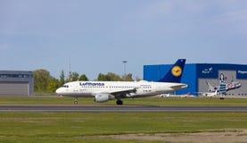 塔林,爱沙尼亚- 2018年5月20日汉莎航空公司空中客车A319-100在Tal 免版税库存照片