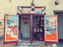 塔林,爱沙尼亚- 2016年5月31日:美容院在塔林 库存照片