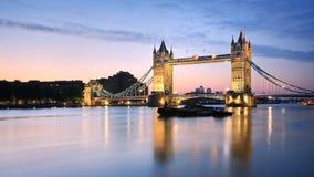 塔桥梁。 免版税库存图片