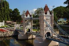 塔桥梁伦敦在微型泰国,芭达亚 免版税库存照片