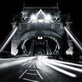 塔桥梁在晚上,轻的绘画,伦敦,英国 免版税库存图片
