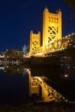 塔桥梁萨克拉门托河首都加利福尼亚街市S 库存照片