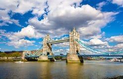 塔桥梁,伦敦的标志 免版税库存图片
