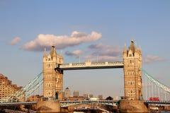 塔桥梁-著名城市象-伦敦英国 库存图片