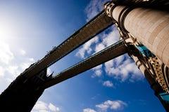 塔桥梁 免版税图库摄影