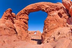 塔楼曲拱,拱门国家公园在美国 免版税库存照片