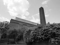 塔特现代在黑白的伦敦 图库摄影