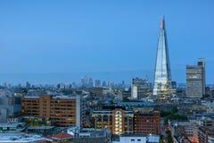 从塔特现代画廊的惊人的日落全景到市伦敦,英国,大英国 免版税库存照片