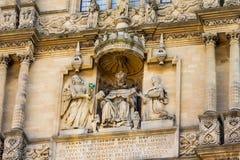 塔装饰细节在安置Bodleian图书馆的五等级的在牛津 免版税库存照片