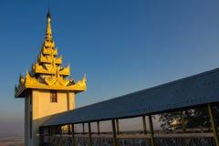 塔,缅甸的(Burmar)曼德勒 免版税图库摄影
