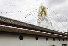 塔/Wat Phra Sri拉塔纳在Thaila北部的Mahathat彭世洛, 库存照片