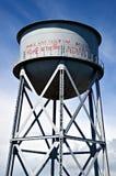 水塔Alcatraz美国本地人街道画 库存照片