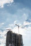 塔crain在蓝天的建筑大厦 免版税库存照片