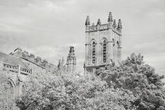 塔Stoke大教堂,特伦特河畔斯托克一个黑白看法  库存照片