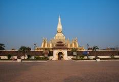 塔Wat Pha那Luang Vientian 库存照片