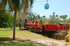 塞伦盖蒂火车在布什庭院 库存图片