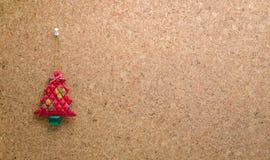 塞住有垂悬的红色圣诞树留言簿 库存照片