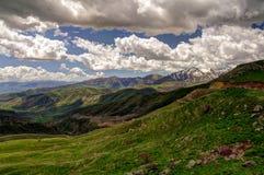 塞利姆通行证,在路向Sevan湖,亚美尼亚 免版税图库摄影