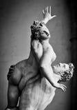 塞宾人妇女的强奸的古老雕塑 佛罗伦萨意大利 库存图片