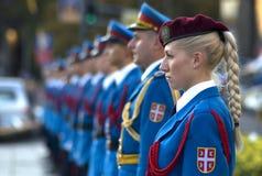 塞尔维亚人军事仪仗队的女孩 免版税库存照片