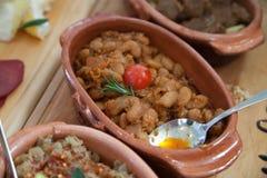 塞尔维亚人被烘烤的豆 免版税库存图片