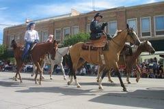 塞恩,怀俄明,美国- 2010年7月26-27, :在街市Cheye的游行 库存照片