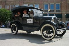 塞恩,怀俄明,美国- 2010年7月26-27, :在街市Cheye的游行 免版税库存图片