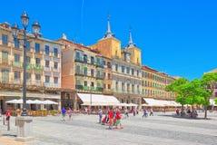 塞戈维亚城镇厅风景大广场广场少校的 免版税库存照片