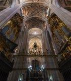 塞戈维亚大教堂曲拱和器官  库存图片