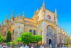 塞戈维亚大教堂的风景和大广场广场Ma 免版税库存照片