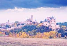 塞戈维亚城堡在11月 免版税库存照片