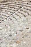 塞浦路斯的古老圆形露天剧场 免版税库存图片