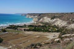 塞浦路斯的美丽如画的海岸 免版税库存图片