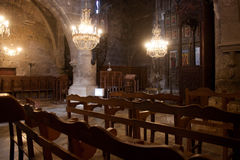 塞浦路斯,凯里尼亚- 2013年11月12日:老希腊东正教的内部 免版税库存图片
