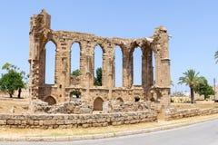 塞浦路斯 老教会的废墟在市法马古斯塔,构建Venetians在XIV-XV世纪 图库摄影